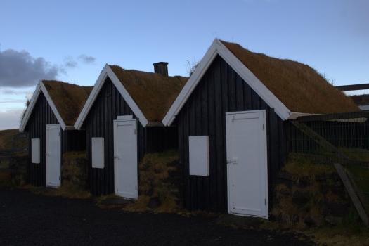 Iceland (687)