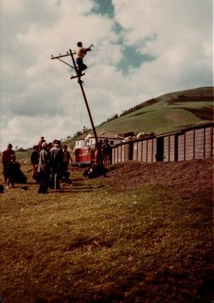 Broken down train Ecuador 1981 (1 of 1)